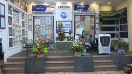Showroom in Hanoi